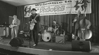 When I Get Drunk - The Revolutionaires at Kettering Athletic Club