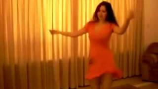 sex si kiz dans ediyor vay beee