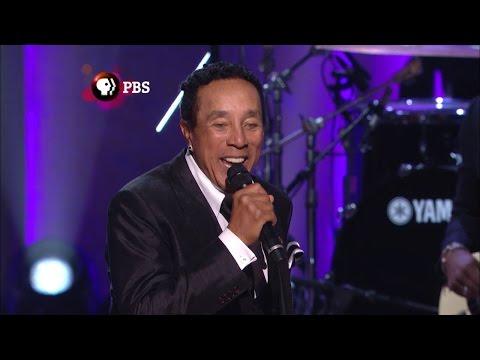 "Watch Smokey Robinson sing ""My Girl"" at Gershwin Prize tribute"
