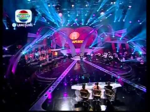 Adit - Laskar Pelangi (Konser 291113)