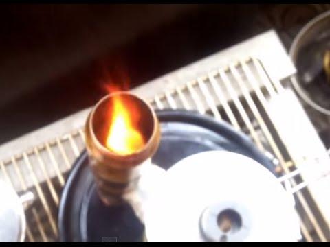 牛乳パック燃料のミニロケットストーブ #11 rocket stoveposted by isssittax4