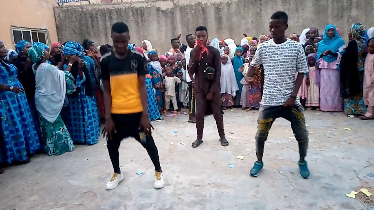Download Zazzafar rawa daga m t s entertainment bomes ft dj Rooney warkar prince sadeeq da ishaq kano