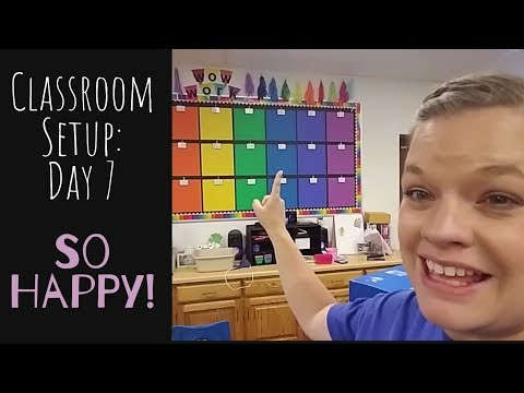 Classroom Setup: Day 7 (Bulletin Boards & Curtain Tutorial)