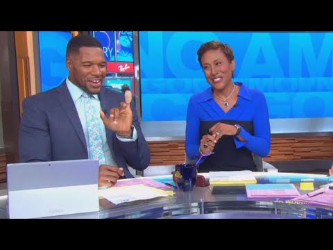 'GMA' Anchor Michael Strahan Loses Part of Pinky Finger