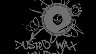 Innereyefull - Listen (The Deadbeats Remix)