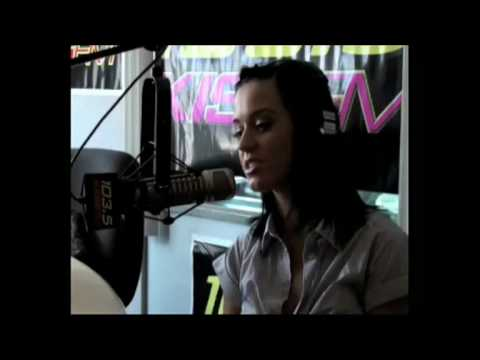 Katy Perry singing 'Te Amo' and talking about Rihanna - 103.5 Kiss FM  (HQ)