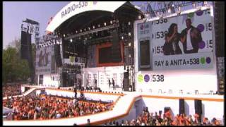 RAY & ANITA (2 UNLIMITED) Let The Beat Control Your Body (Museumplein Amsterdam 2009)