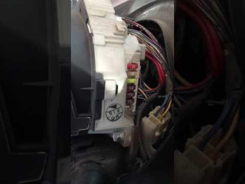 Где найти предохранители в ситроен Citroen C1