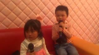 うちの息子4才が大好きなサカナクションを歌いました。
