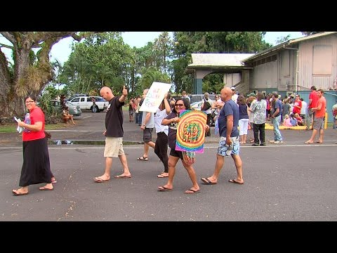 Democratic Caucus Confusion In Keaau, Hawaii (Mar. 26, 2016)