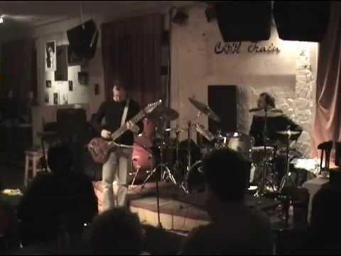 TU (Gunn / Mastelotto) & Sonus Akrobata - Moscow, Russia, 2004-04-19 (Aftershow)