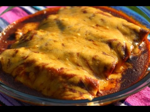How To Make Chicken Enchiladas With Red Sauce