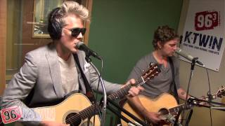 "Matchbox Twenty ""She's So Mean"" live at the K-Twin Studios"