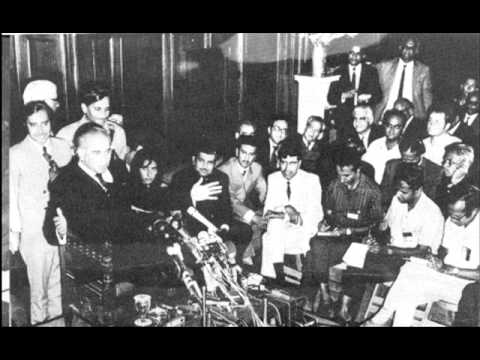 Zulfikar Ali Bhutto speech at governor house lahore regarding fall of Dhaka (26-03-1972).wmv