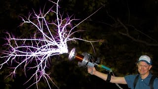 Handheld TESLA COIL GUN at 28,000fps  Smarter Every Day 162