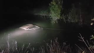 Opel Tigra ritrovata ed estratta dalle acque della diga Locone
