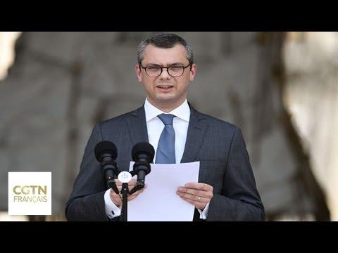 Emmanuel Macron nomme son cabinet