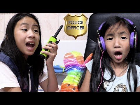 Pretend Play Police On Lucky Seat Surprise Toys Challenge
