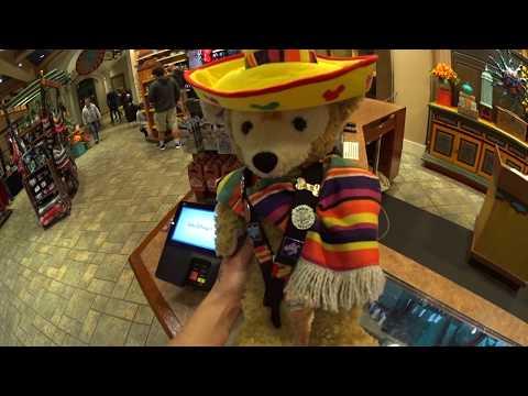Disney Vlog - Resort pin trading - Everything Disney Pins