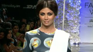 Shilpa Shetty Ramp Walk @ Lakme Fashion Week 2014 - Bollywood News