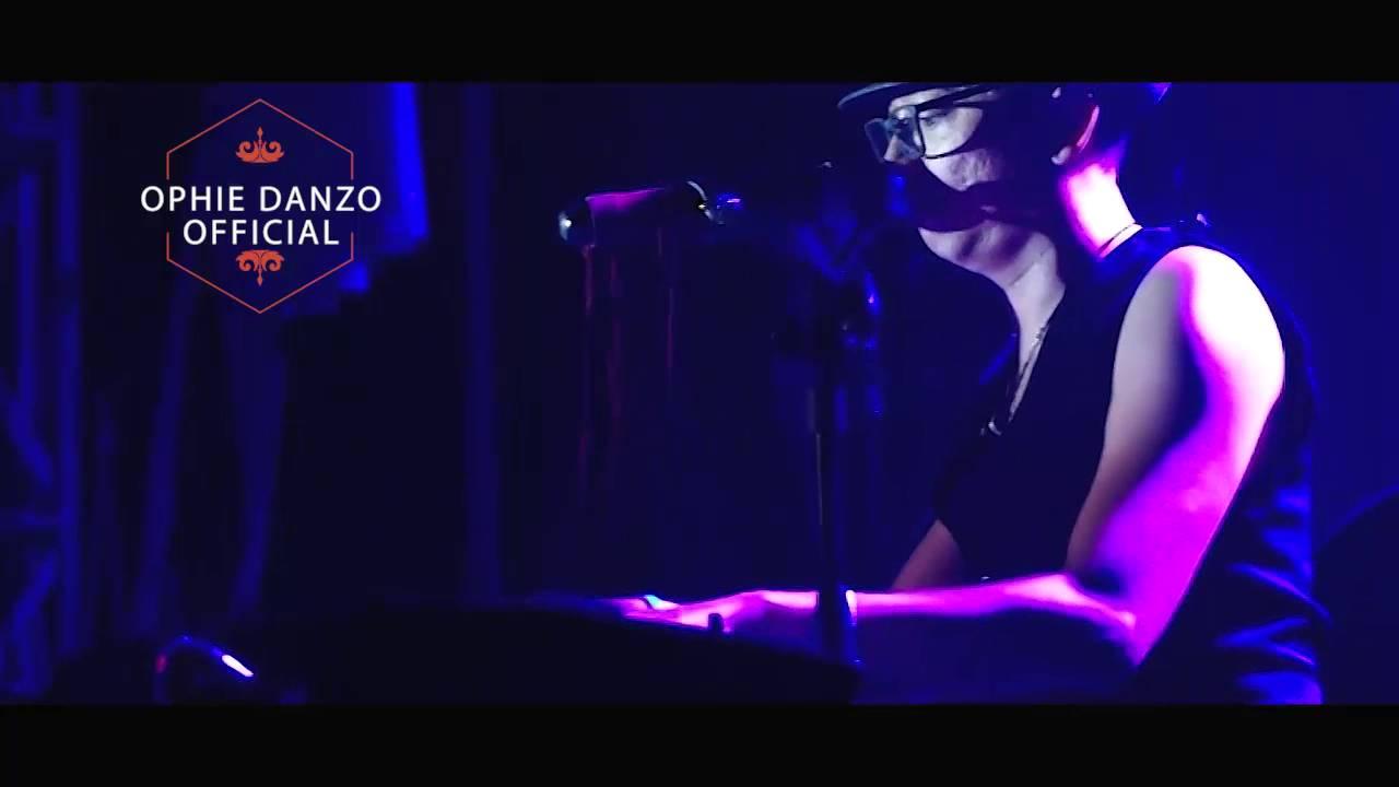 Opera band Hentikan Saja LIVE - Ophie Danzo chords | Guitaa.com