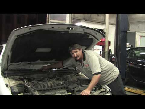 Car Maintenance Tips : How to Connect a Wiper Motor