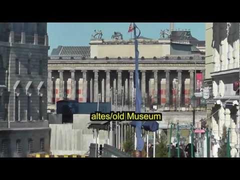 Berlin: Reise in die Vergangenheit im historischen Zentrum/Travel back in time in historical center