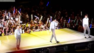 KCON 2013 HD  2AM 투에이엠  Intro amp singing Bruno Mars39 Just …