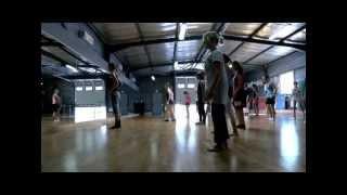 Jazz niveau 2 (il y en a 5 chez Danse Mouvance) avec Laura CAMPANINI