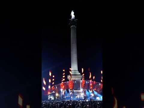 U2: Vertigo - Live at Trafalgar Square, London, MTV EMA  2017.11.11.