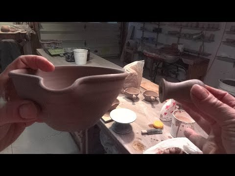 Applying thrown handles on sauce boats with Simon Leach