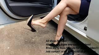 shoeplay, high heels dangling, stomp high heels, high heels play, well worn shoes (scene 35)