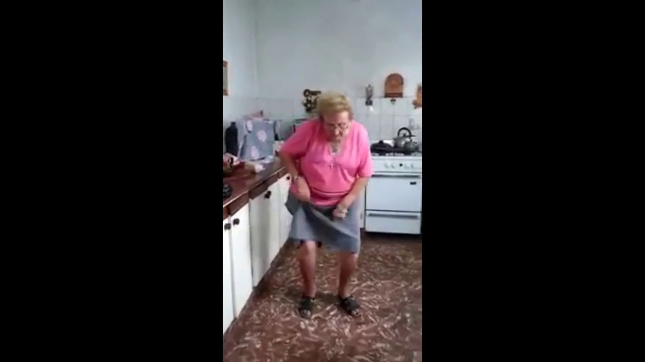 Chispita La Abuela Cumbiera Un Saludo Muy Especial Video Completo ...