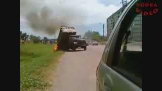 Repeat youtube video 【~衝撃~交通事故の瞬間2013】 世界を震撼させた交通事故集 ドライブレコーダー PART18 HD