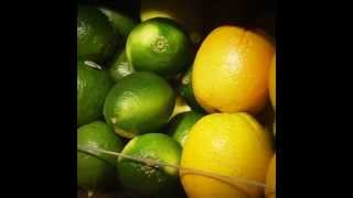 How to Pick Out Ripe Lemons and Limes