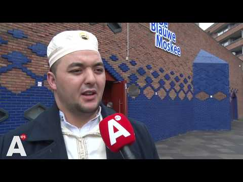 Bezoekers Blauwe Moskee verdrietig en geschokt na aanslagen Nieuw-Zeeland