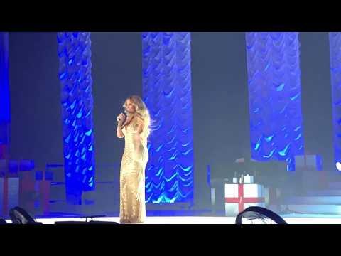 ( HD ) Mariah Carey live 2017 Paris- Hommage Johnny Hallyday - Que Je t'aime