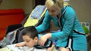 видео Когда ребёнок начинает держать голову: периоды развития, упражнения для укрепления мышц