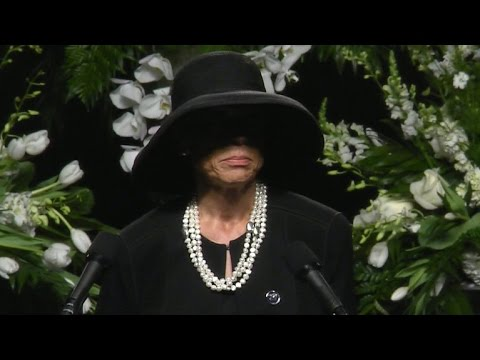 Muhammad Ali's wife delivers eulogy at memorial service