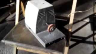 Електроточило наждак ДО-1У4 (220 В, 300 Вт) Верстат Умілі руки ( ДО-1У4 )
