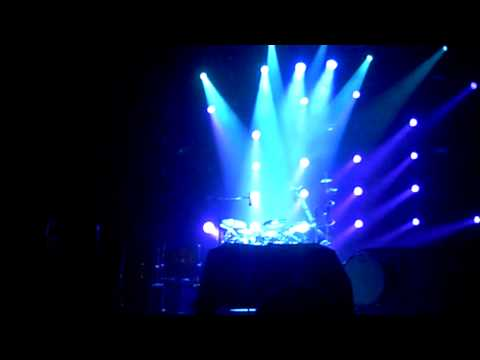 311-live-applied-science-drum-solo-(full-band)