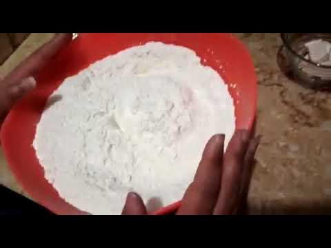 صورة  طريقة عمل البيتزا طريقه عمل البيتزا بالجبنه المثلثات طريقه خطيره طريقة عمل البيتزا من يوتيوب