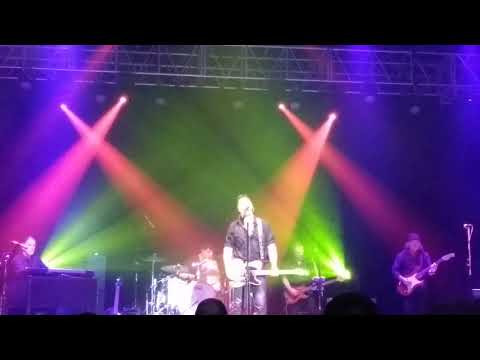 Bruce Springstein Tribute Band Covering - I'm On Fire 2 - 24 - 2018