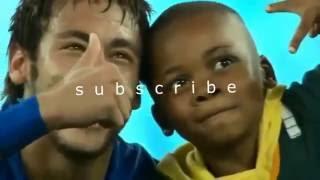 Дети встречают кумиров футбола со слезами счастья