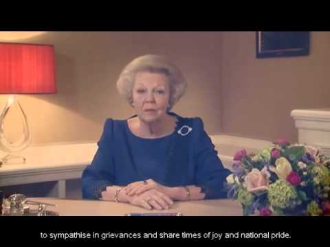 Queen Beatrix's announcement of abdication (English subtitles)