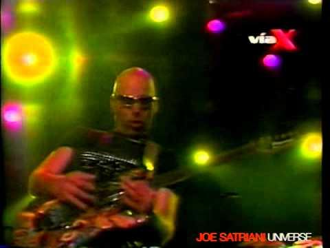 "Joe Satriani - ""Friends"" (Live in Santiago)"