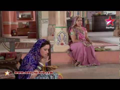 Bhabho and Dai-Saa - Hai Hai Mirchi Uff Uff Mirchi