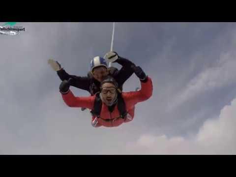 Mein Erster Tandemsprung   Über Jochen Schweizer   bei Aero Fallschirmsport