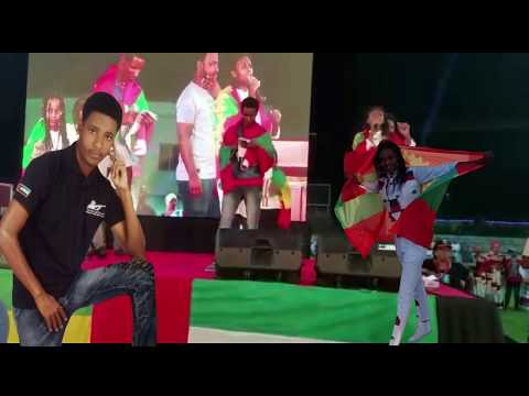 S/milkeessoo fi Nimonaa Hamdaa walaloo Dr.Abiyiif on stage