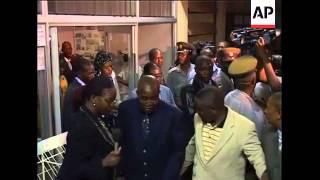 Video WRAP Tsvangirai's wife killed in crash, Mugabe at hospital, scene ADDS file download MP3, 3GP, MP4, WEBM, AVI, FLV Oktober 2018
